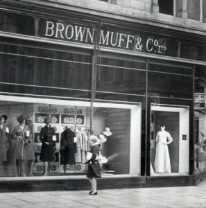 Brown-Muff-Store
